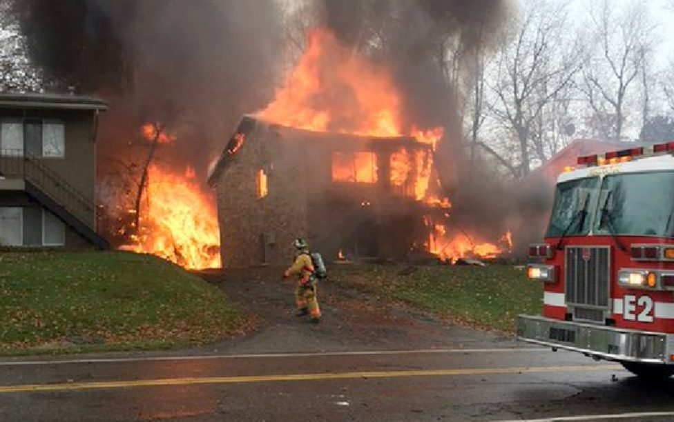 Nine people die after plane crashed house in Ohio