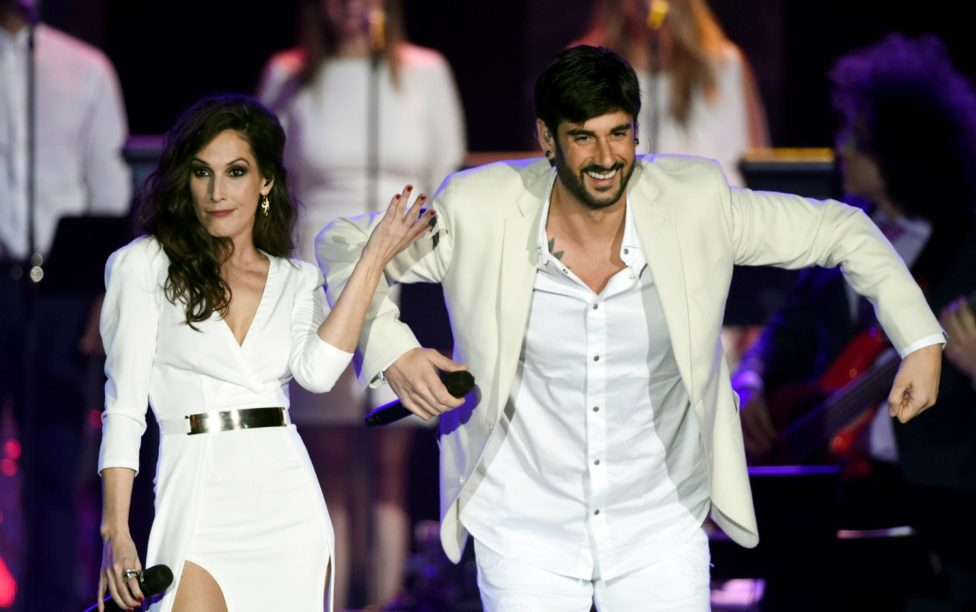 The white party in honor of Roberto Carlos at the Latin Grammy's 2015