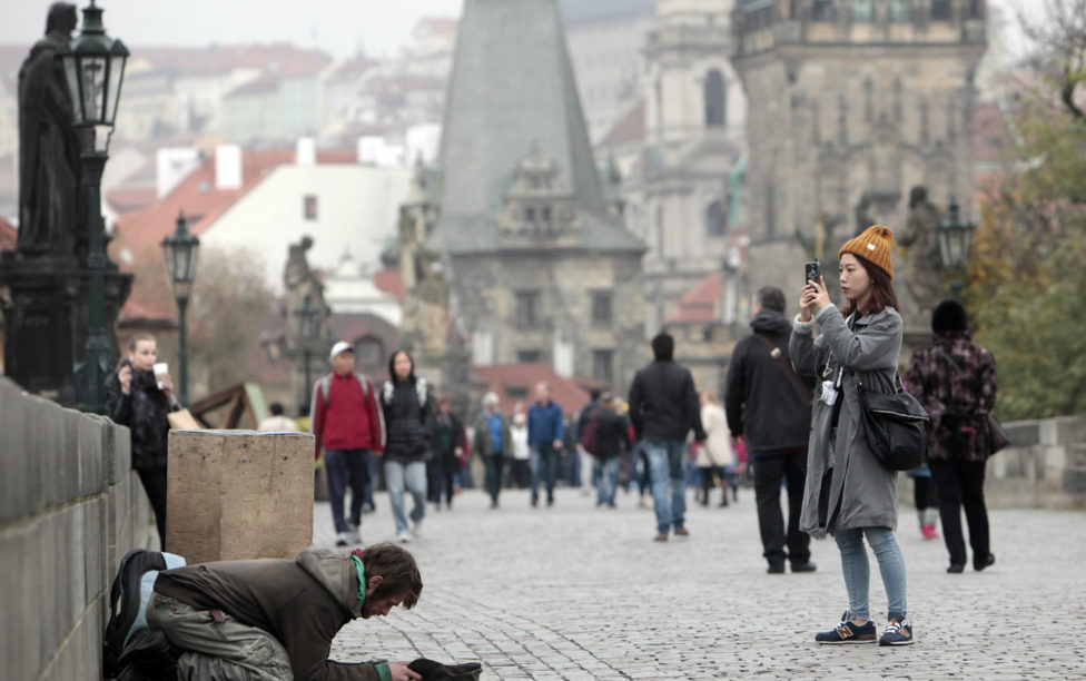 Beggars will give Prague WiFi