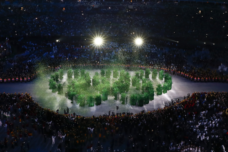 2016 Rio Olympics - Opening ceremony - Maracana - Rio de Janeiro, Brazil - 05/08/2016. The olympic rings are displayed during the opening ceremony REUTERS/Fabrizio Bensch TPX IMAGES OF THE DAY FOR EDITORIAL USE ONLY. NOT FOR SALE FOR MARKETING OR ADVERTISING CAMPAIGNS. - RTSLB2W
