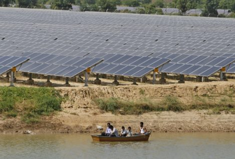 India estrena la central solar más potente del mundo