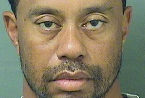Tiger Woods, arrestado por conducir ebrio