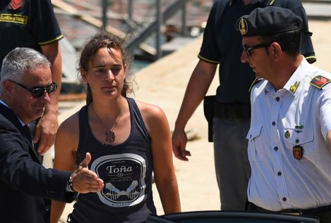 La Justicia italiana libera a la capitana de Sea Watch Carola Rackete