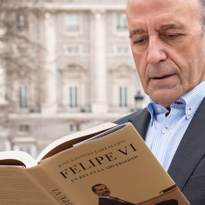 """José Antonio Zarzalejos: """"If the outcome of the Juan Carlos I case is handled well, the parliamentary monarchy has a future"""""""
